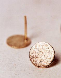 earrings in 18 karat gold von Jewellerydesign Marie-Bénédicte auf DaWanda.com