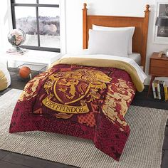 'Harry Potter' House Comforters: Dream Hogwarts Is Super Weird