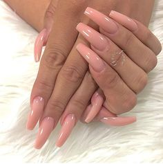 Are you looking for acrylic nail designs for fall and winter? See our collection full of cute fall and winter acrylic nail designs ideas and get inspired! Nude Nails, Gel Nails, Nail Polish, Acrylic Nails, Coffin Nails, Pink Coffin, Glitter Nails, Pink Acrylics, Nail Nail