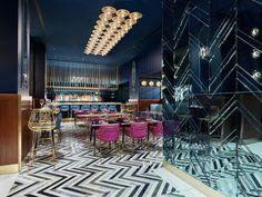 Gallery of Motta Milano 1928 / Collidanielarchitetto - 6 Luxury Homes Interior, Luxury Home Decor, Luxury Bar, Tall Table, Restaurant Interior Design, Bar Interior, Interior Paint, Milanesa, Blue Mirrors