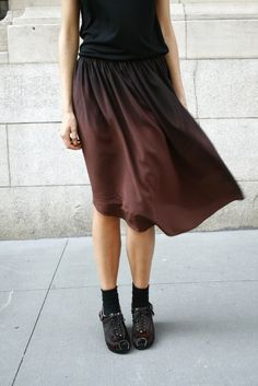 RAQUEL ALLEGRA SLEEVELESS TEE + CORRELL CORRELL TRIANGLE SKIRT
