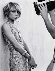 Wavy-Short-Hairstyles-2013-3.jpg 450×578 pixels
