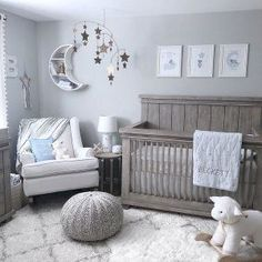 Star and moon nursery – Zimmer - Baby Room Moon Nursery, Star Nursery, Baby Nursery Decor, Baby Decor, Baby Nursery Ideas For Boy, Nursery Room Ideas, Grey Nursery Boy, Nursery Ideas Neutral, Baby Room Decor For Boys