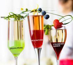 Makusiirapista on moneksi Alcoholic Drinks, Beverages, Cocktails, Strawberry Summer, I Party, Wine Glass, Eat, Tableware, Food