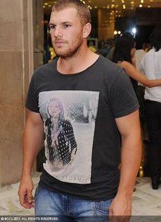 (1) Twitter Rugby Players, Twitter, Mens Tops, T Shirt, Women, Fashion, Supreme T Shirt, Moda, Tee Shirt