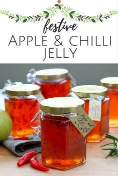 festive apple and chilli jelly Chilli Jelly Recipe, Chilli Jam, Jelly Recipes, Jam Recipes, Canning Recipes, Canning Tips, Cooker Recipes, Apple Jelly, Apple Jam