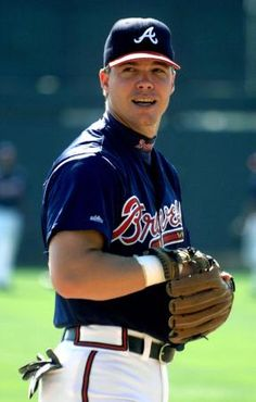 I've loved Chipper Jones for like 15 years... every southern girl's dream man!