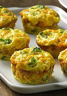 This Crustless Veggie Mini Quiche recipe is the easiest quiche you will ever make!
