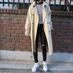 korean fashion #korean #fashion #outfits #koreanfashion #coat #stripes #winterfashion #fallfashion #winter #fall #sneakers #casual #casualstyle #streetwear