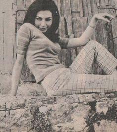 Rocío Jurado - 1968 Divas, Muse, Turtle Neck, Sweaters, Fashion, Actresses, Celebrity, Moda, Fashion Styles