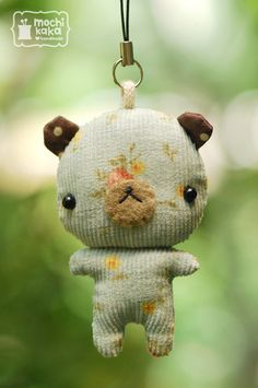 Mobile Straps by Chidchanoke Kantarat, via Behance