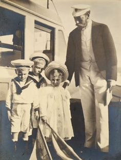 King George with his children - David, Bertie, and Mary