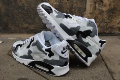 """Custom Painted leather Nike Air Max 90 """"Camouflage Black & Grey"""" unique Sneaker Art Style - Schuhe - Best Shoes World Sneaker Art, Sneaker Boots, Cute Sneakers, Sneakers Nike, Souliers Nike, Nike Air Max 90s, Zapatillas Nike Air, Nike Free Run, Nike Air Shoes"""