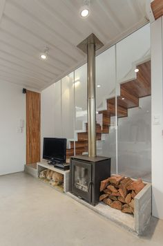 glass wall stairs  Gallery - Urban House / FGM Arquitectos - 3