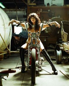 Harley Davidson Events Is for All Harley Davidson Events Happening All Over The world Female Motorcycle Riders, Motorbike Girl, Chopper Motorcycle, Motorcycle Girls, Lady Biker, Biker Girl, Moteurs Harley Davidson, Motard Sexy, Harley Bikes