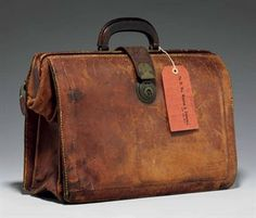 churchill_winston_s_an_expandable_leather_briefcase_owned_by_churchill ...