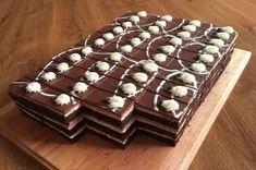 Výborné čokoládové rezy! Mini Cakes, Cupcake Cakes, Mini Tortillas, Baking Recipes, Dessert Recipes, Czech Recipes, Pie Cake, French Pastries, Wedding Desserts
