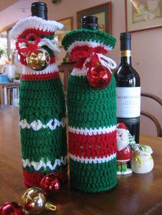 crochetroo: Happy Bottle Bags - free crochet pattern