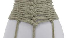 Here is how to integrate two cuffs--the Somerville Bowline and the In-line Single Column--into a rope belt, making it a Bondage Belt with a fun little Happy Strap… Corsets Online, Japanese Rope, Knots Guide, Rope Knots, Rope Braid, Look Dark, Rope Tying, Rope Art, Hand Embroidery Designs
