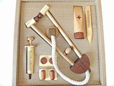 お医者さんごっこおもちゃ なりきりドクター 木製ままごと、知育玩具なら木のおもちゃ通販[soopsori]