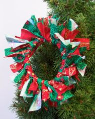 Holiday Wreath Ornament: Christmas Arts & Crafts Activity (Pre-K - 5th Grade) - FamilyEducation.com