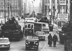 East West stand-off - Checkpoint Charlie Friedrichstraße Berlin Checkpoint Charlie, East Germany, Berlin Germany, World History, World War Ii, History Pics, Phonetisches Alphabet, Berlin Hauptstadt, Rare Historical Photos