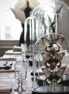 STIJLIDEE Interieurstyling Tip >> glazen stolpen met vlinders