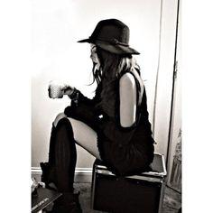 Liz gillies. Love her style