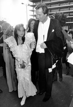 Angelina Jolie and Jon Voight at the Oscars in 1986