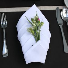 High quality WHITE NAPKINS FOR WEDDINGS, hotels and events. Bulk discounts are available for commercial clients. Call 818-588-5896 for wholesale white napkins.