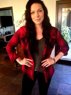 Laura Prepon  sidenote: love this casual outfit