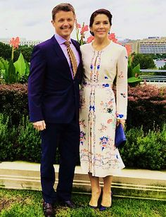 jill's infinite list of favorite royal outfits (daytime looks) ⤀ crown princess mary of denmark completes a day of various engagements while on a business delegation in washington d.c. wearing a embroidered floral print dress designed by vilshenko and coordinating royal blue accessories on september 28th, 2016. Tumblr