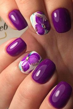 Purple-And-White-Flowery-And-Golden-Stones-Summer-Nail-Art-For-Round-Nails 40+ Pretty Gel Nails 2018 - Summer Nails Trends Nail Art pretty Gel Nails 2018
