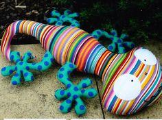 Lionel Lizard - cute lizard softie toy pattern