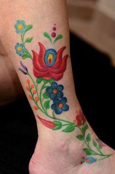 Folklór tetoválás - Hímzésmánia