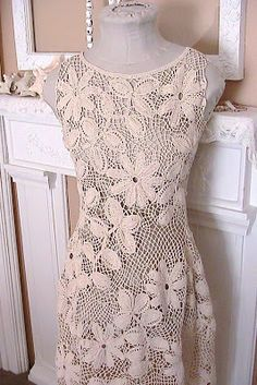 Katty's Cosy Cove: Making an Irish Crochet Dress. - Love this blog! It's an awesome tutorial on Irish Crochet.