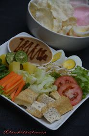 Diah Didi's Kitchen: Gado Gado Gado Gado Recipe, Diah Didi Kitchen, Indonesian Food, Indonesian Recipes, Korean Food, Kitchen Recipes, Yummy Drinks, Bon Appetit, Stew