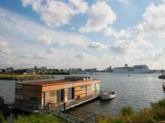 Amsterdam - geWoonboot- NDSM