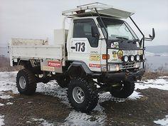 4wd, pavement, ramp, 38th tires, full duty - Toyota Dyna, 1997 - Trucks Vladivostok