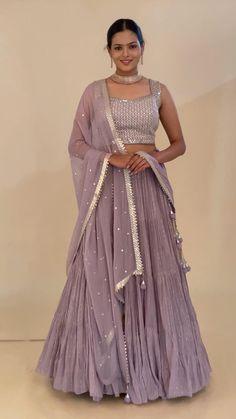 Gown Party Wear, Party Wear Indian Dresses, Pakistani Fashion Party Wear, Designer Party Wear Dresses, Indian Gowns Dresses, Indian Bridal Outfits, Indian Fashion Dresses, Indian Designer Outfits, Indian Western Dress