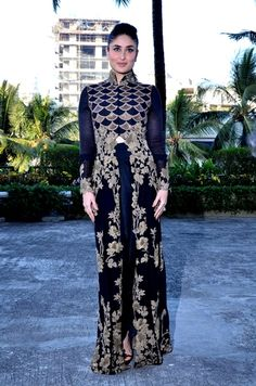 Kareena Kapoor in Anamika Khanna Couture. Check it out on: http://www.vogue.in/content/best-dressed-week-122#6