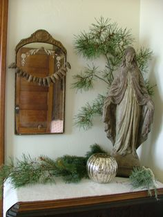 na-da farm life.with anne marie: stop number e-book from the farm and hand carved spoons from Jason's hands French Country Christmas, Vintage Christmas, Christmas Holidays, Christmas Decorations, Elegant Christmas, Xmas, Home Altar Catholic, Prayer Corner, Carved Spoons