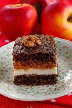 Egy régebbi süteményem a diós almás pite kibővített változata, aminek a receptjét itt találjátok: http://tucsokbogar.blogspot.hu/201...