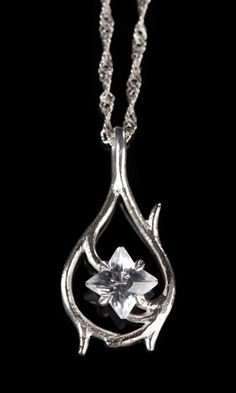 Tauriel's necklace!!! NEED NOW