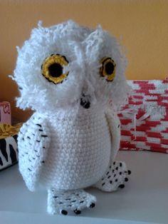 Pilar Betoret - Publicaciones - Google+ Harry Potter Diy, Peluche Harry Potter, Tricot Harry Potter, Harry Potter Crochet, Harry Potter Theme, Owl Crochet Patterns, Crochet Birds, Owl Patterns, Cute Crochet