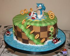 Sonic the hedgehog cake Awwww reminds me of my almost grown grandsons. They loved hedgehog. Sonic Birthday Cake, Sonic Birthday Parties, Sonic Party, 5th Birthday, Zelda Birthday, Birthday Ideas, Bolo Sonic, Sonic Cake, Fondant Cakes