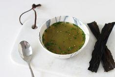 Bouillon d'algue kombu et pâte de miso