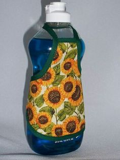 13 Realistic Sunflower Kitchen Accessories Image - There are online kitchen design providers that allow you to design your kitchen online. Kitchen Themes, Home Decor Kitchen, Country Kitchen, Diy Home Decor, Kitchen Ideas, Sunflower Themed Kitchen, Sunflower Kitchen Decor, Primitive Home Decorating, Primitive Homes