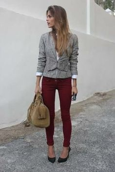 Discover and organize outfit ideas for your clothes. Decide your daily outfit with your wardrobe clothes, and discover the most inspiring personal style Burgundy Skinny Jeans, Burgundy Pants, Red Pants, Maroon Pants, Oxblood Pants, Fashion Mode, Office Fashion, Work Fashion, Womens Fashion