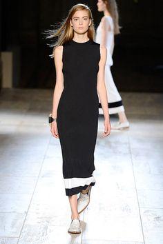 Black summer dress Victoria Beckham Spring/Summer 2015   - ELLE.com